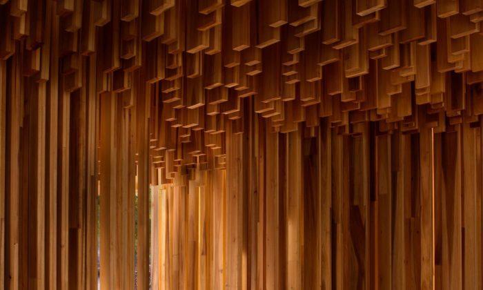 David Adjaye vystavuje vLondýně sedm památek apamátníků pro 21.století