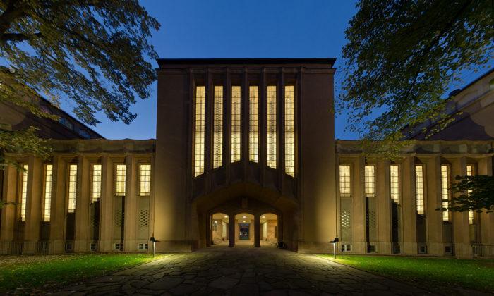 Lipsko slaví 100 let školy Bauhaus rekonstrukcí Grassiho muzea avýstavou