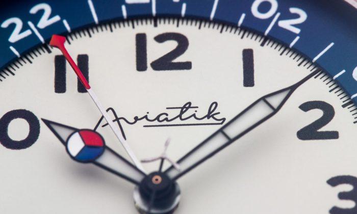 Prim vyrobil kpoctě československému letectví limitovanou edici hodinek Aviatik