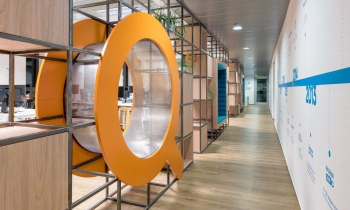Heureka má vPraze nové kanceláře srelaxační zónou shoupačkami apařezy