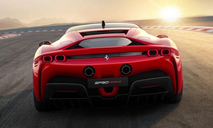 Ferrari odhalilo hybridní sporťák SF90 Stradale snejvyšších výkonem vhistorii