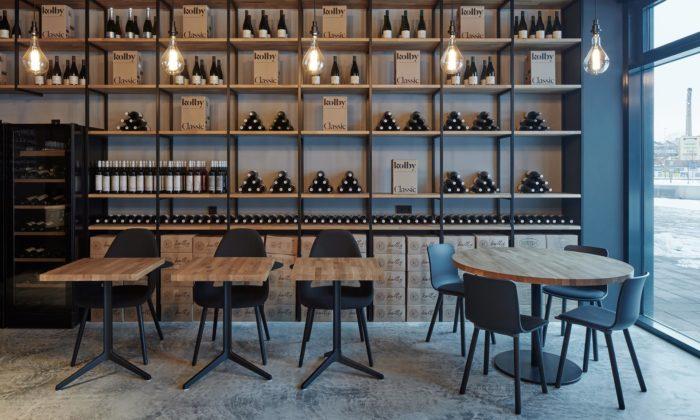 Na Rohanském nábřeží vPraze vyrostl industriálně laděný Kolby Wine Bar