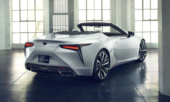 Lexus představuje naléto koncept kabrioletu LC jako vrcholnou formu krásy