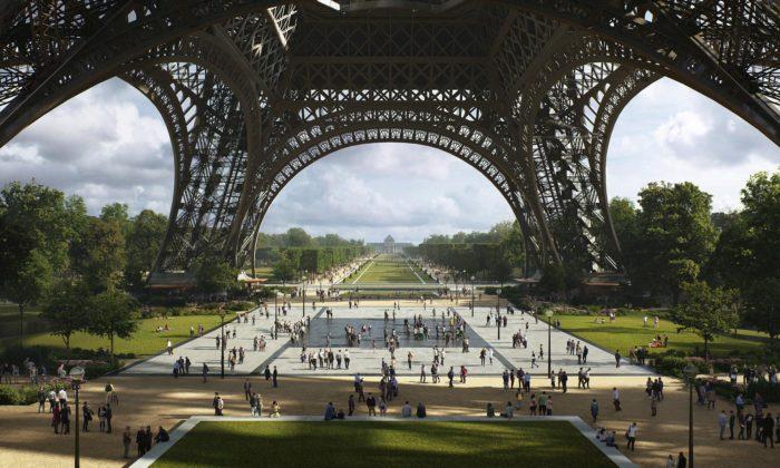 Okolí Eiffelovy věže sepromění naparky apromenády svodními plochami