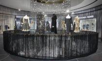 Alexander McQueen avýstava jeho modelů vThe Designer Gallery vPraze naChodově