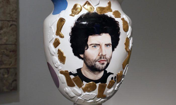 Studenti UMPRUM děkují hlíně avýstavou slaví 100 let ateliéru keramiky aporcelánu