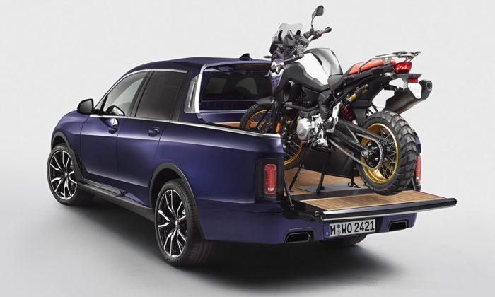 BMW udělalo zmodelu X7 luxusní pick-up schopný převézt imotorku