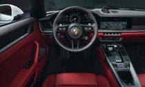 Porsche 911 Carrera Coupé a 911 Carrera Cabriolet