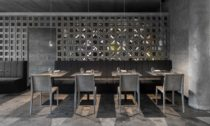 Pražská restaurace The Eatery od studia Neuhäusl Hunal