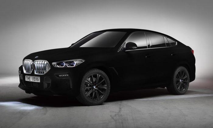 BMW nechalo model X6 nastříkat nejčernější černou barvou Vantablack