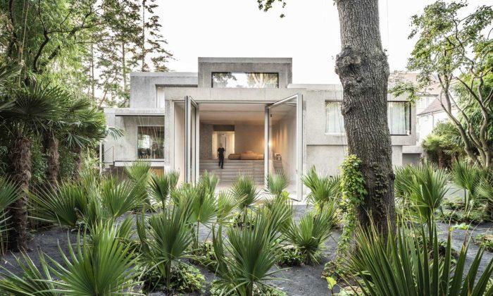 J. Mayer H. proměnil německou vilu zroku 1972 nabrutalistickou Casa Morgana