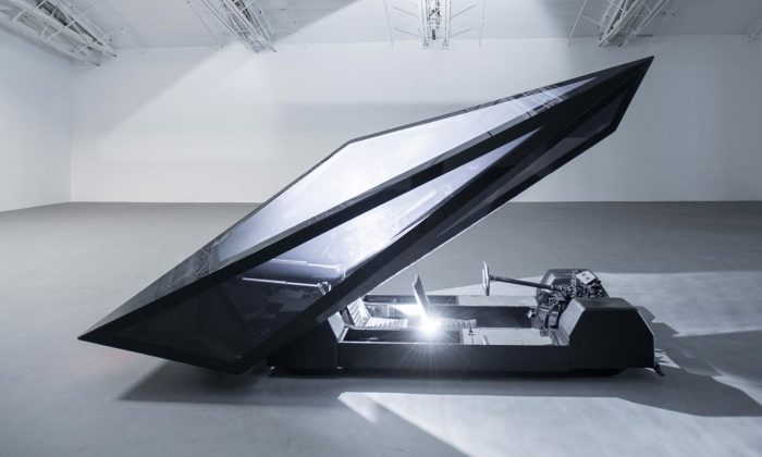 Rem D Koolhaas aJoey Ruiter vystavují futuristické dopravní prostředky