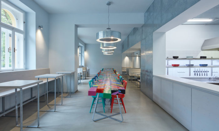 V pražském Karlíně byla otevřena první avokádová restaurace Avocado Gang