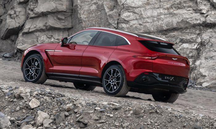 Aston Martin dal prvnímu SUV ducha svých ikonických sportovních vozů