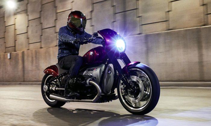 BMW Motorrad ukázal druhou emotivnější verzi konceptu motorky R18