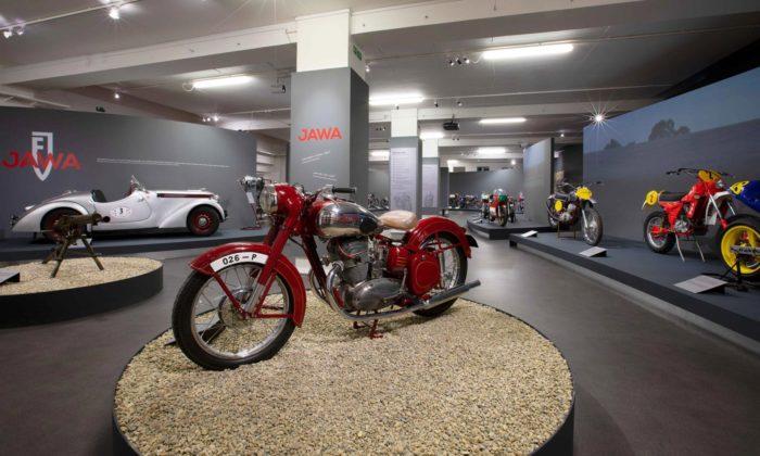 Praha uspořádala velkou výstavu motorek kvýročí 90 let značky Jawa