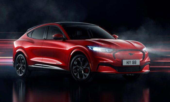 Ford ukázal plně elektrický Mustang Mach-E sesportovními tvary SUV