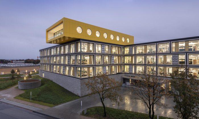 Lego otevřelo vDánsku první část svého kampusu sežlutou hernou nastřeše