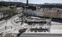 Nádraží v německém Freiburg od J. Mayer H.