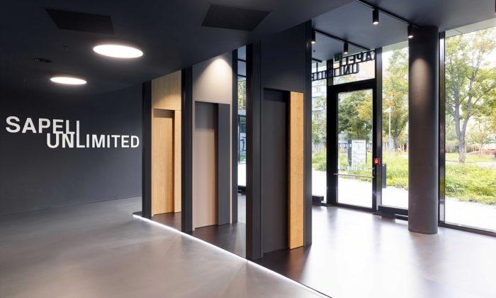 Sapeli otevřelo unikátní showroom sdveřmi Muteo pětkrát oceněnými za design