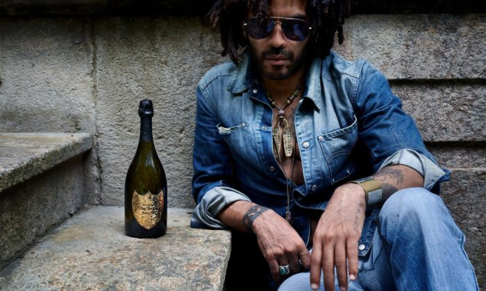 Lenny Kravitz navrhl pro šampaňské Dom Pérignon kovovou vinětu aobal svícen