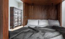 Dřevěný budoár pro tři Tri-Pod odScott Whitby Studio