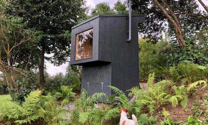 Z-Bioloo jeluxusní venkovní bio toaleta svyhlídkovým oknem