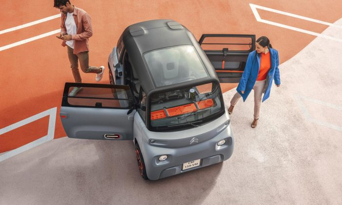 Citroën AMI jemalé elektrické městské vozítko pro dva spůjčovným za pár korun