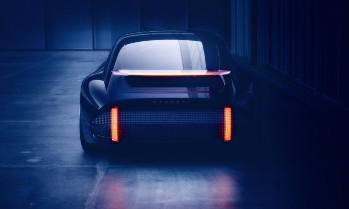 Hyundai Prophecy jekoncept elektrického sportovního sedanu sčistými liniemi