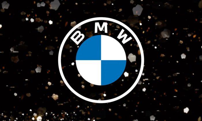 BMW má nové transparentní logo odkazující naprvní znak zroku 1917