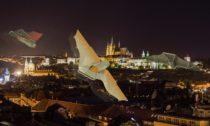 Aidan Zukowski a netopýří dron Cobat