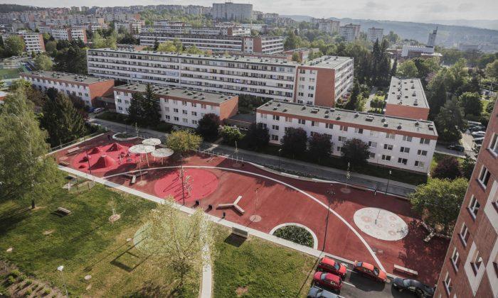 Na zlínském sídlišti Jižní Svahy revitalizovali přes 40 let starý veřejný prostor