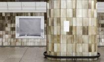 Výstavní projekt Umění za čarou v pražských stanicích metra