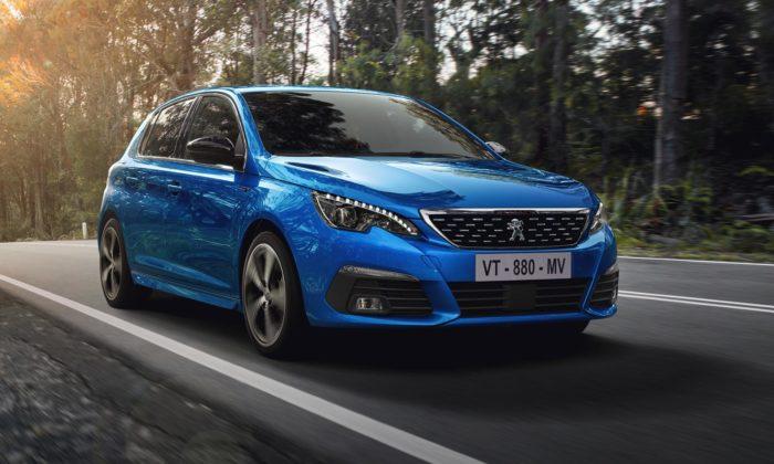 Peugeot modernizoval model 308 adal mu především vylepšený interiér