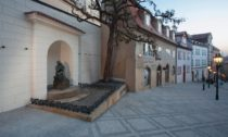 Horní část Nerudovy ulice od ateliéru Kava