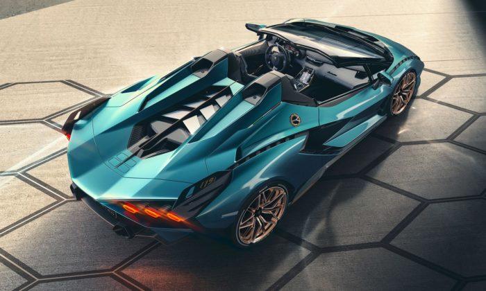 Lamborghini ukázalo vzácnou verzi supersportu Sián Roadster bez střechy