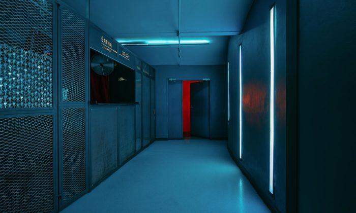 Legendární pražský klub Chapeau Rouge dostal nový interiér měnící barvy podle hudby