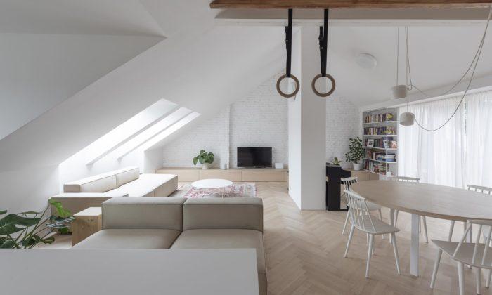 V Bratislavě přestavěli podkrovní byt z90.let namaximálně otevřený loftový