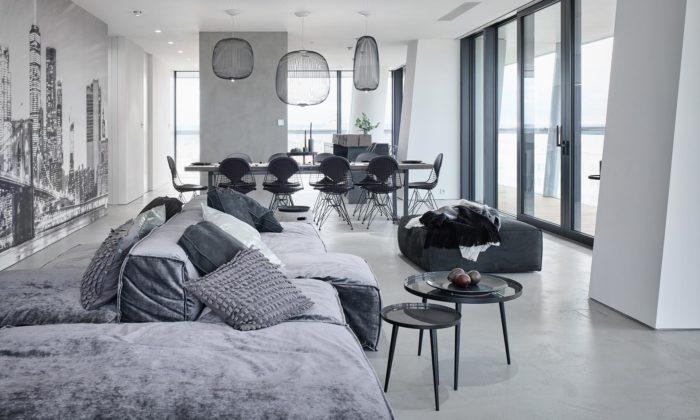 OOOOX navrhli vpražském VTower byt celý laděný došedých odstínů