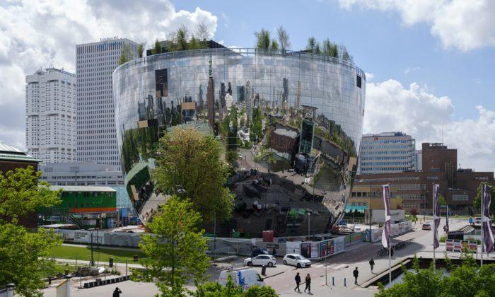 MVRDV postavilo vRotterdamu inovativní muzeum stvarem nerezové mísy