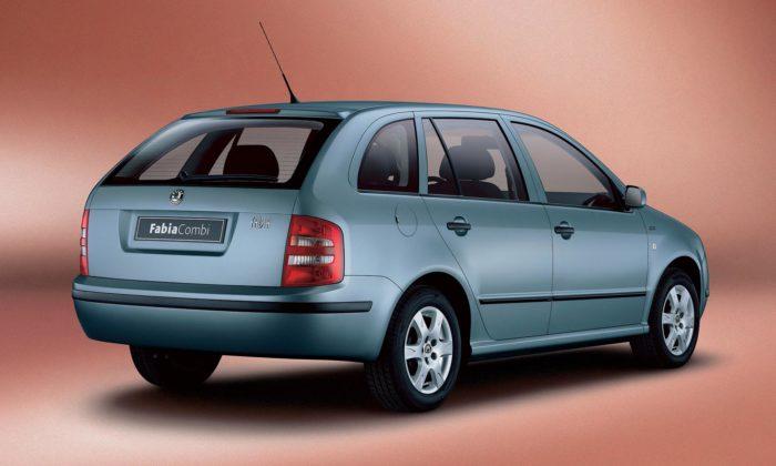Škoda slaví 20 let úspěšného rodinného modelu Fabia Combi