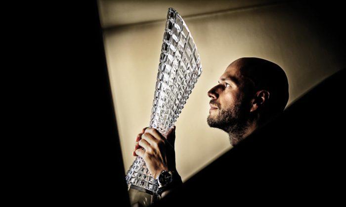 Peter Olah navrhl vítězům Tour de France trofej inspirovanou kubismem