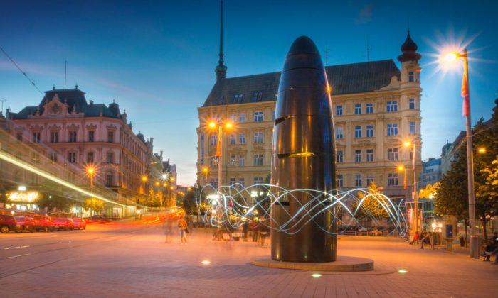 Stále ještě kontroverzní hodinový stroj vBrně slaví výročí 10 let
