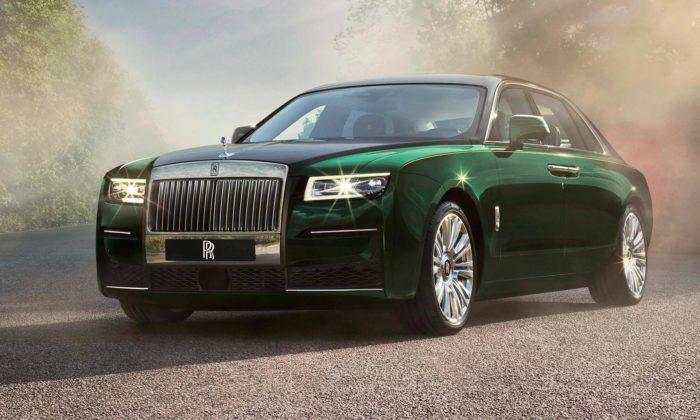 Rolls-Royce uvádí prodlouženou verzi nového minimalistického Ghost Extended