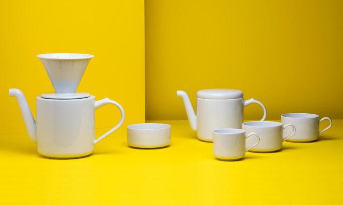 Česká porcelánka Rudolf Kämpf začala vyrábět minimalistickou sadu nakávu ačaj Solo