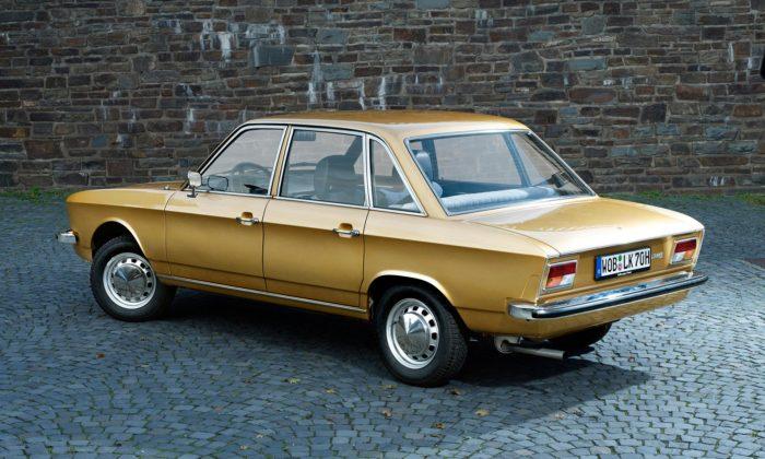 Volkswagen slaví 50 let progresivního modelu K70 předcházející Passatu