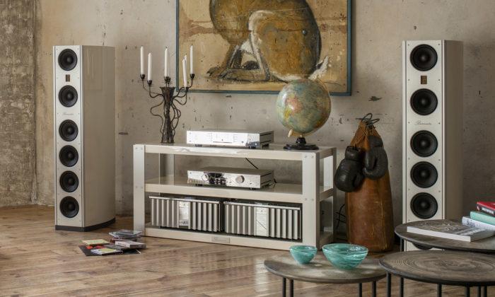 Burmester vyrábí odroku 1977 luxusní prvky ozvučení pro domácnost