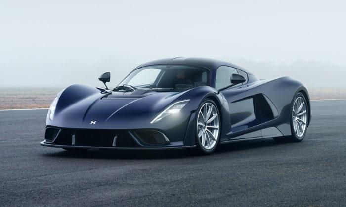 Hennessey Venom F5 jenejrychlejší sériové auto světa jedoucí až 500 za hodinu