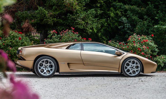 Lamborghini slaví 30 let ďábelského sporťáku Diablo odGandiniho