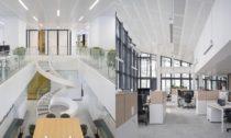 Nové ústředí vydavatelství Le Monde v Paříži od ateliéru Snøhetta
